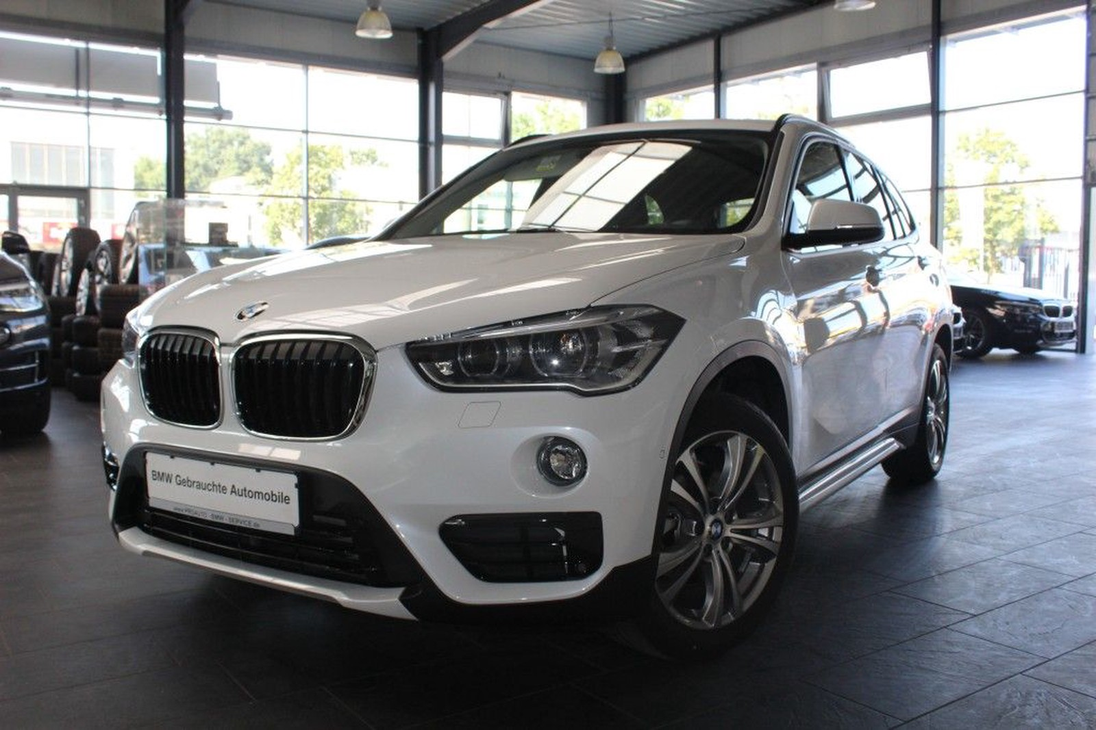 BMW X20 xDrive208d Aut. Sport Line LED Head Up NaviPlus used buy in ...