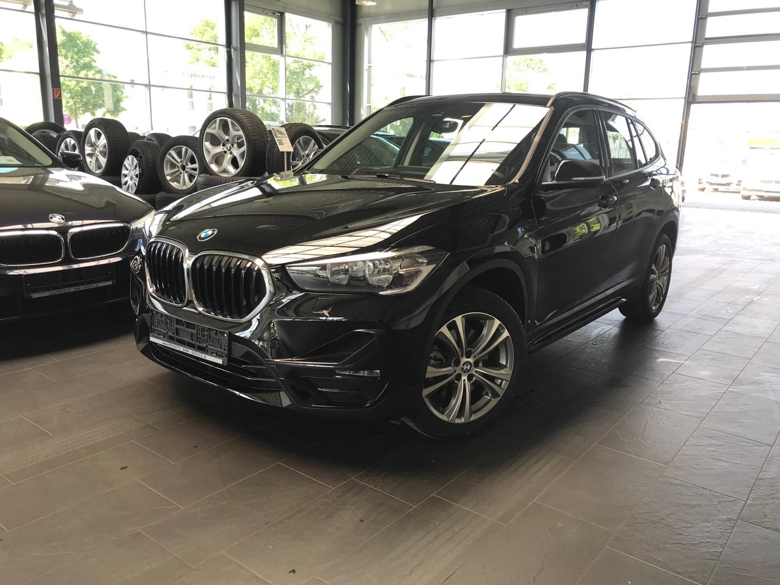 BMW X20 xDrive20d Sport Line FACELIFT SHZ HUD DAB NAVIPlus RTTI ...