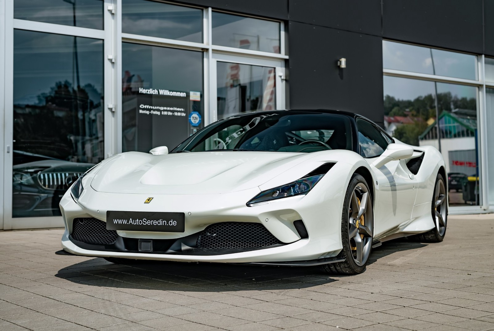 Ferrari F8 Tributo New Buy In Hechingen Bei Stuttgart Price 303920 Eur Int Nr 20 55 Sold