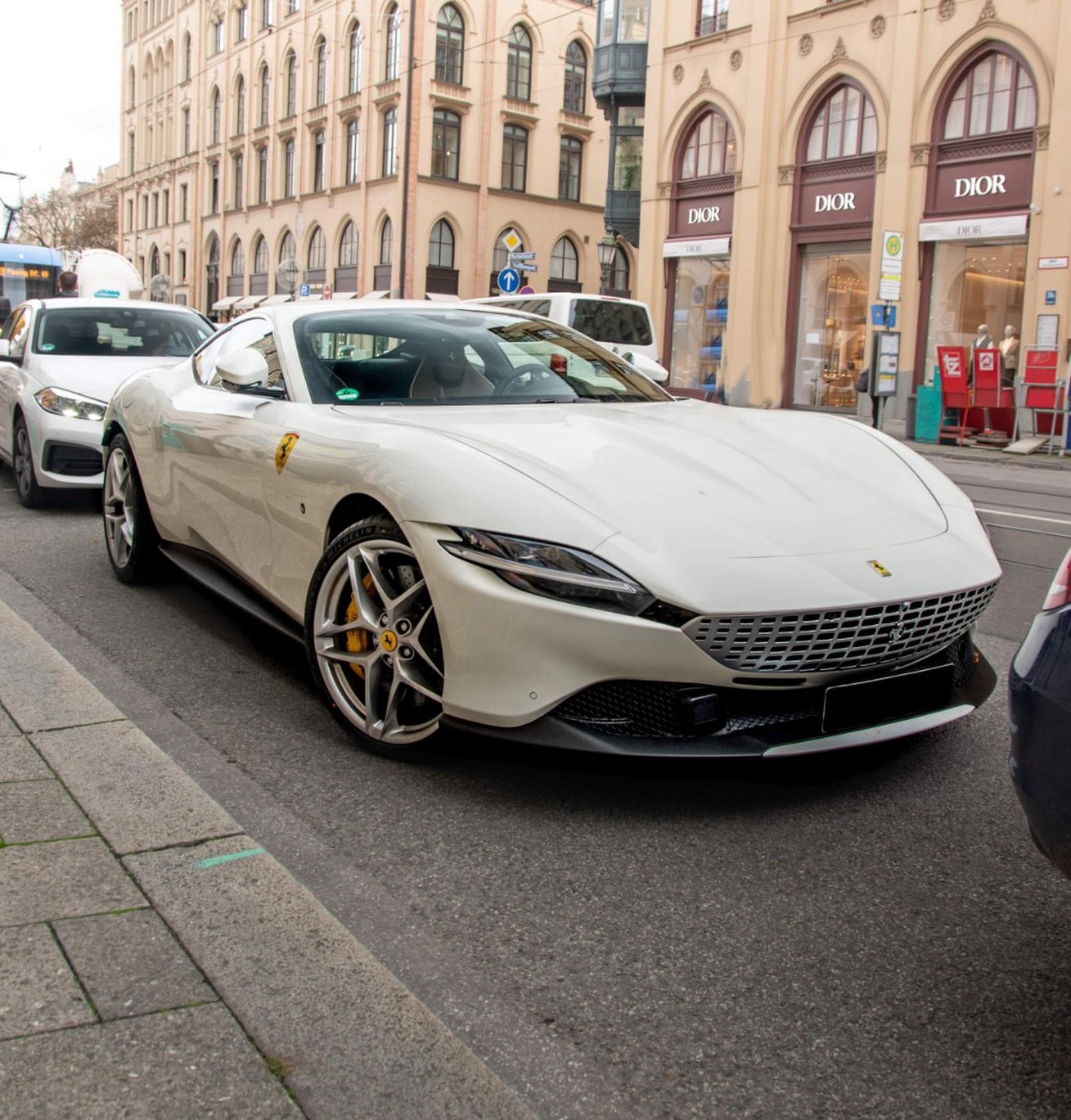 Ferrari Roma New Buy In Hechingen Bei Stuttgart Price 296310 Eur Int Nr 20 600